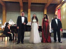 Слов'янськ, Лиман, Торецьк, Бахмут…Артисти Національної опери України відвідали Донецьку область з благодійними концертами.