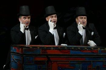 Міністри: Сергій Пащук, Геннадій Ващенко, Петро Приймак. Фото О. Путрова.